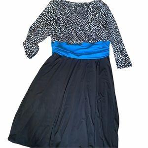 Addition Elle long sleeve midi dress black blue